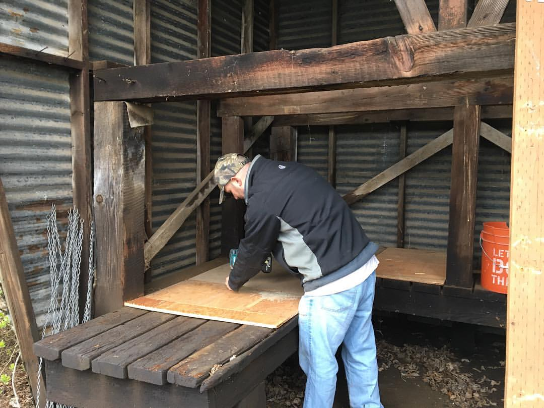 Plywood floor-Building a chicken coop